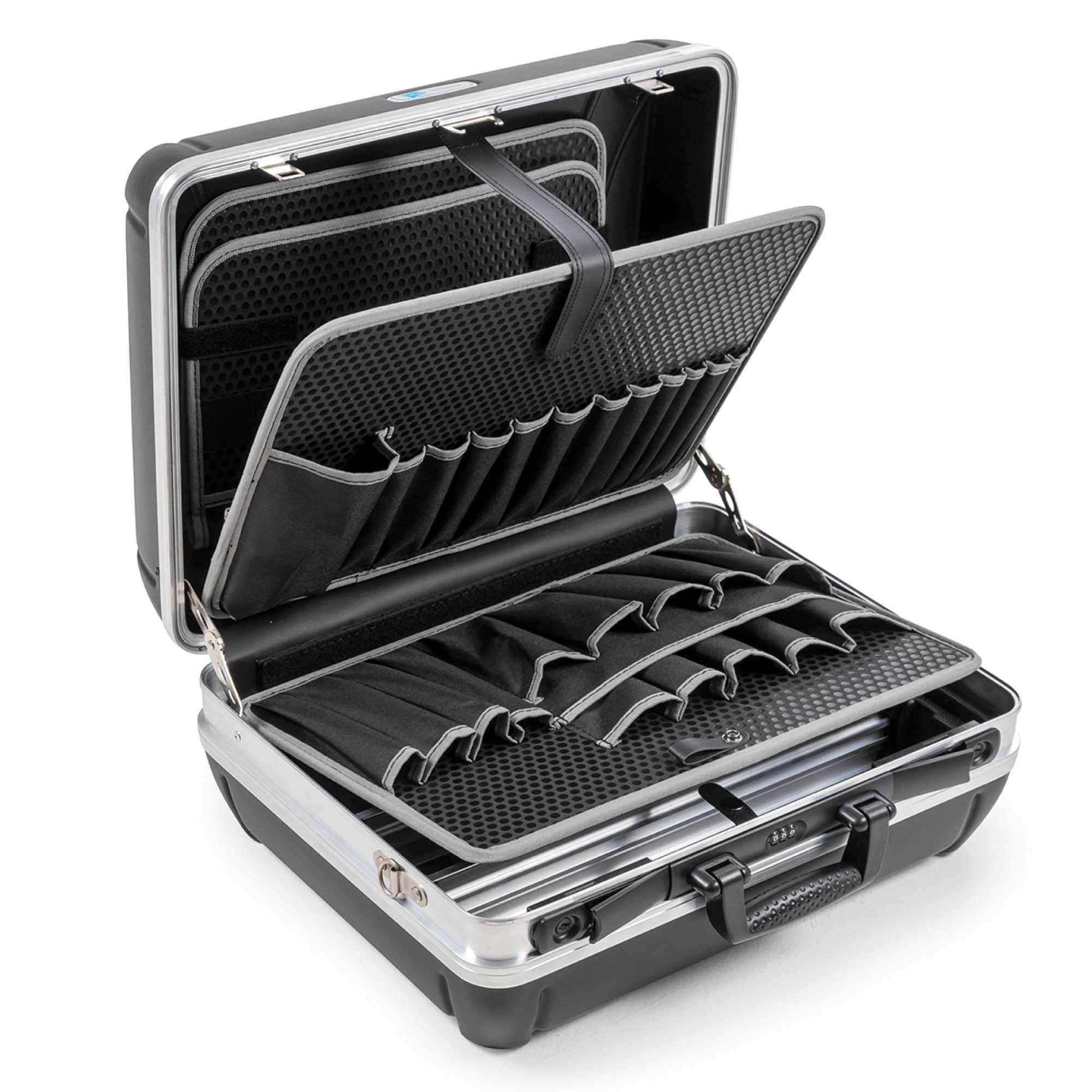 B&W tool.case shark | Pockets